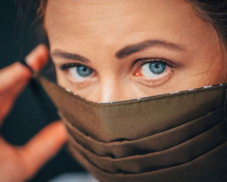 Modische Mundbedeckung Corona BMNS-Maske schützt Feld Textil GmbH Krefeld