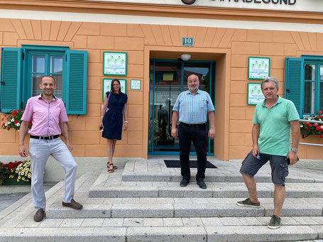 LTAbg. Alex Pinter, Projektbetreiberin Conny Desimini, BGM Hannes Kogler, GR Günter Lesny (St. Radegund), (v.l.n.r.)