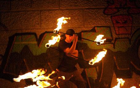 Ferro Ignique Feuershow double staff