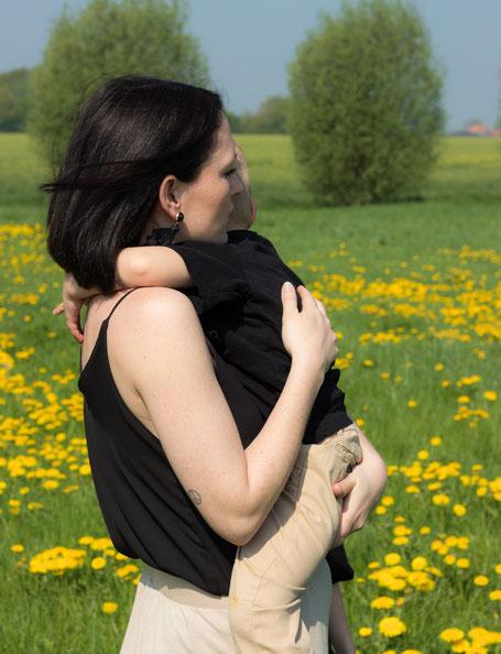 Zecken, Mamablog, Mutter und Kind
