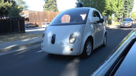 Selbstfahrendes Auto von Google in Mountain View, Kalifornien. Foto: C. Hübscher