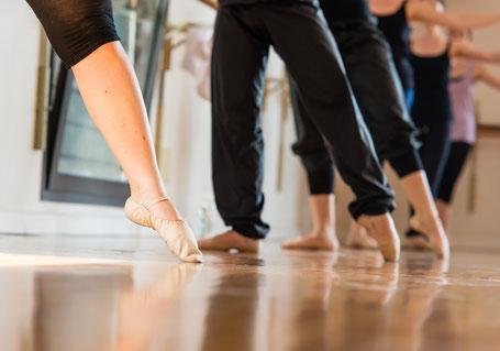 Ballettunterricht an der Stange