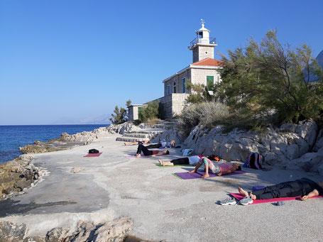 Yogaurlaub 2021  in Dalmatien Kroatien jetzt buchen in herrlicher Natur. Von Krankenkassen bezuschusst.