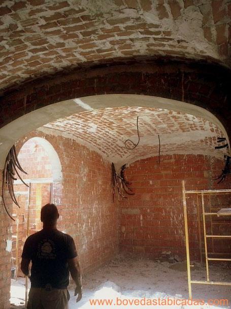 salon de 22 m2 hecho con boveda extremeña www.bovedastabicadas.com