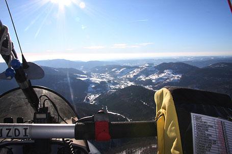 """Le """"bleu horizon"""" est une référence à la ligne bleue des Vosges (Wilkipédia)"""