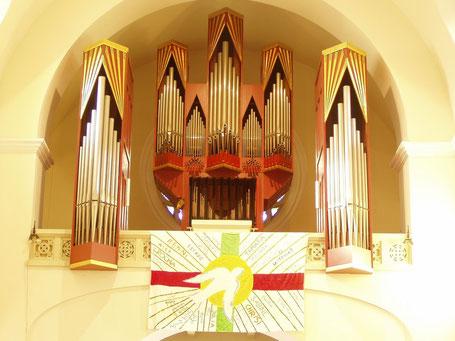Baumgartens berühmte Rieger-Orgel.