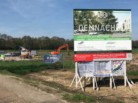 Bauschild der Gartenstadt Werdersee an der Habenhauser Landstraße (Foto: 04-2018, Jens Schmidt)