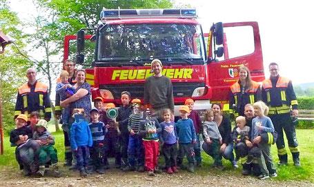 Die Frammersbacher Feuerwehr war zu Besuch bei den Spessartfüchsen (Bild: Anke Thurmann)