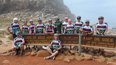 Kapstadt 2014 - Bericht der Radreise mit Pro-Biketour - Radfahrer am Kap der guten Hoffnung