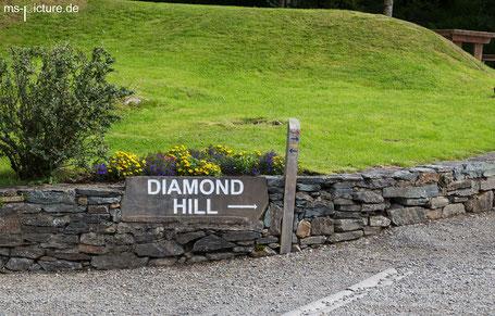 Schild zum Weg auf den Diamond Hill