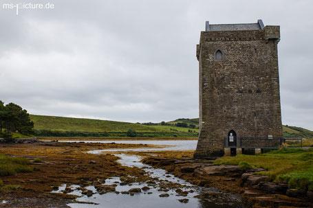 Der Turm Rpckleet Castle in der Clew Bay