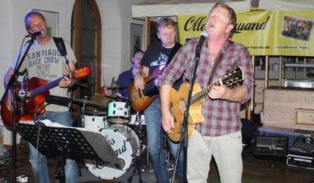 Olles Leiwand spielt live Lieder von Fendrich, Ambros und Danzer im Naschmarkt