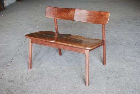 Seine Massivholzmöbel können Klassiker werden