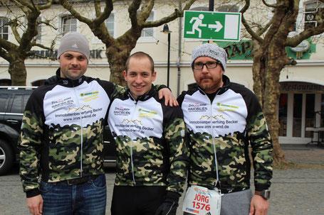 Björn Becker, Jens Luther und Jörg Tagmann (v.l.n.r.) vor dem Start zum St.Wendel Marathon