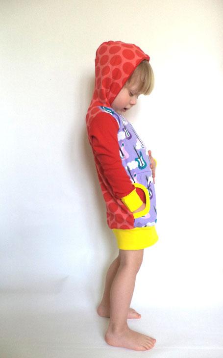 Bunte Kapuzenkleider, mitwachsend, mit Eingrifftasche