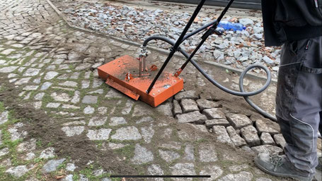 Steinreinigung ohne Hochdruck