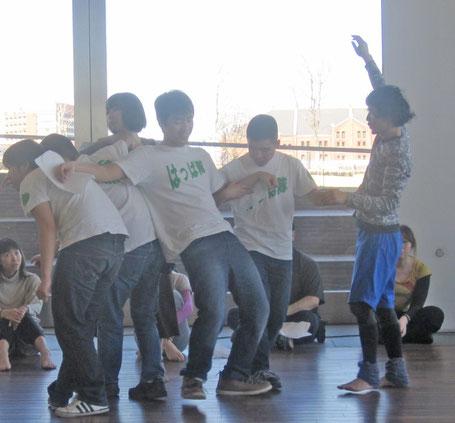 ダンサー鈴木ユキオさんのワークショップに参加しました!
