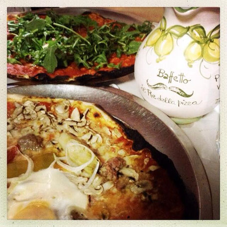 Klassisch-römische Pizza - Stile ultra-flat, da Baffeto.