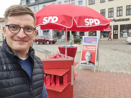 Wahlkampfstand mit Robert Drews