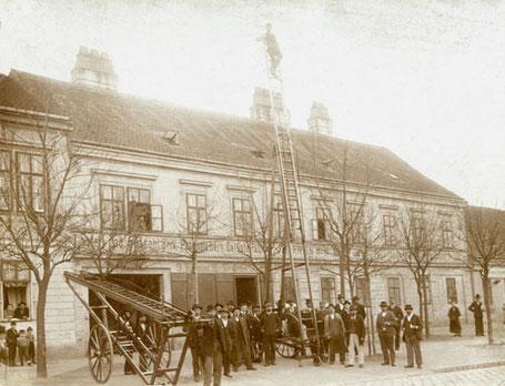Just Leitern und Gerüste seit mehr als 130 Jahren