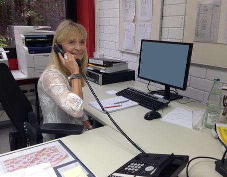 Unsere Schulsekretärin Silke Stein.