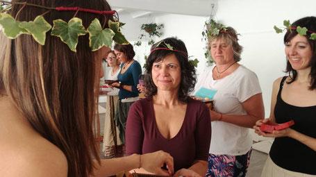 Celebrando el arquetipo de la Doncella en la Formación Mujer Consciente de Carmen Hernández Rosety