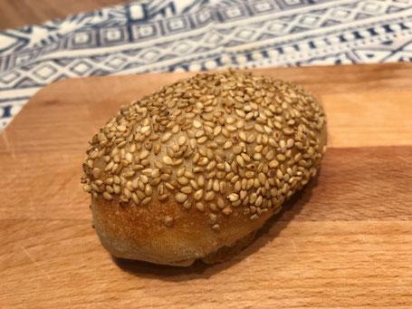 ごまフランスパン - パンと和菓子の教室 MANA Belle World ( マナベルワールド )