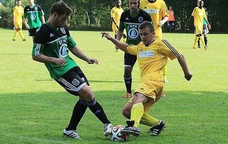 Ex-SCSler Christoph Bolz zusammen mit SCS-Coach Finn Apel (Quelle: Fussifreunde)