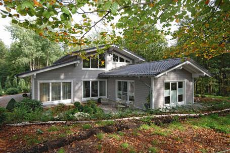 Bungalow built by Stommel Haus