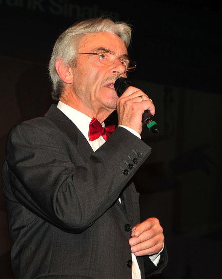 BigBand-Gesamtleiter Roland Gatterwe beim Konzert 2019 / Bild: E. Reininger