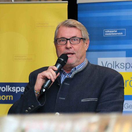 Eröffnung, Begrüßung und Moderation lagen in den Händen von Wolfgang Welser.