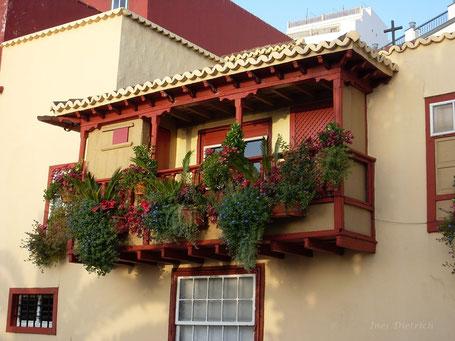 Balcón típico, Santa Cruz