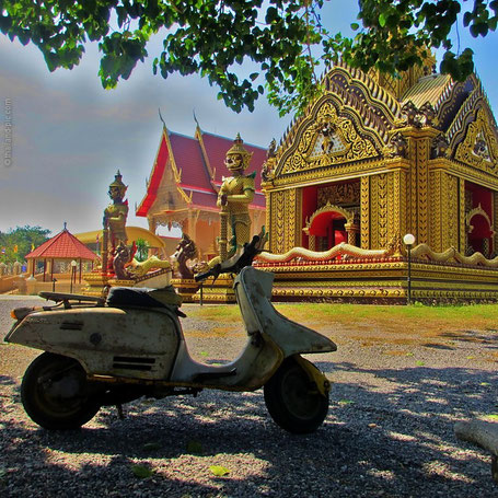 Temple And Vespa - Khao Sam Roi Yot National Park - Prachuap Khiri Khan Province