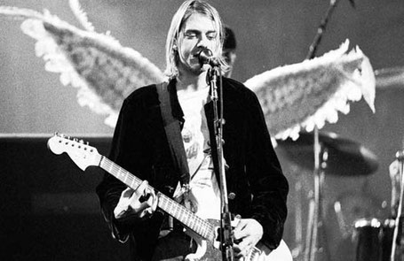 Curt Cobain, Soleil Poissons en VI carré Neptune Scorpion en III.