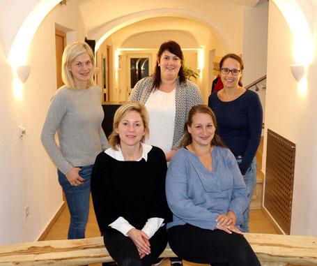 (V.l.n.r.): Martina Petzko, Barbara Gritsch, Stefani Loher, Franziska Dünstl, Petra Bindhammer