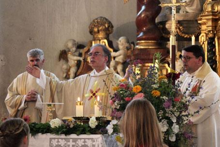 Pfarrer Dr. Peter Maier beim Festgottesdienst