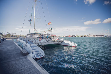 Katamaran Segeln Mittelmeer Boot Schiff Party Sonnenuntergang Wasser
