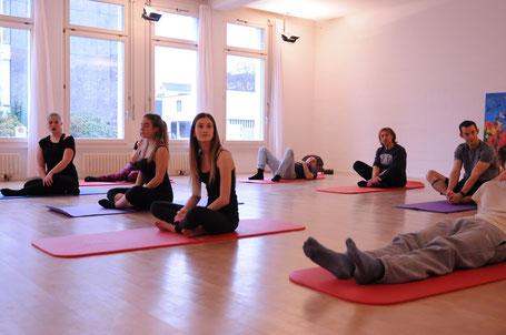 inspiriencer Adventstimmung auf der Yogamatte