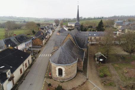 Vue côté Est de l'église Saint Pierre