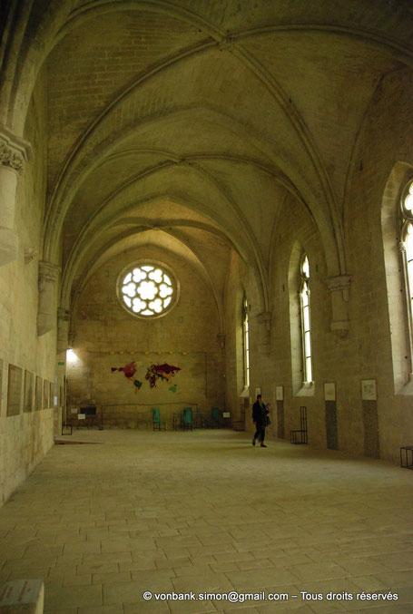 13 - La Roque d'Anthéron - Abbaye de Silvacane : Le réfectoire (XV° siècle) - France
