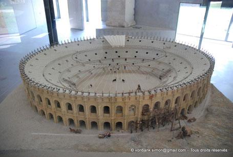 Arles (Arelate) : Maquette de l'amphithéâtre (Musée départemental Arles antique)