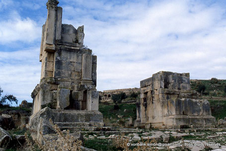 Dougga (Thugga) : Arc de Septime Sévère, Caracalla, Julia Domna et Géta (205 après J.-C.) - Proconsulaire