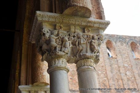 Cloître des Bénédictins (Monreale) : Offres de Caïn et Abel et premier fratricide (Chapiteau (XIII°)) - Sicile - Italie