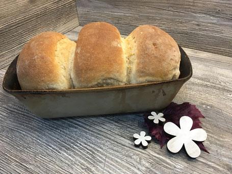 Fertig gebackenes Toastbrot aus dem Zauberkasten von Pampered Chef