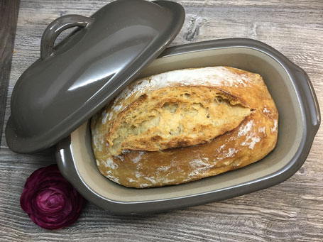 Kleiner Zaubermeister von Pampered Chef mit Brot