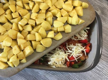 Backformen von Pampered Chef mit Gemüse und Kartoffeln