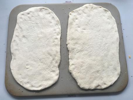 Zauberstein von Pampered Chef mit Pizzateig