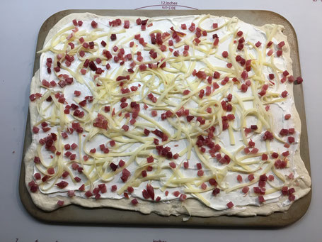 Flammkuchen auf dem Zauberstein von Pampered Chef