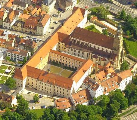 Das ehemalige Amberger Jesuitenkolleg (Foto: A. Laumer, Oberpfalz-Luftbild).