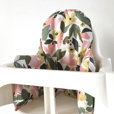 cette image représente une housse de chaise haute pour chaise haute Ikea modèle Antilop